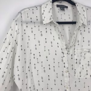 Primark arrow cropped button down size 10